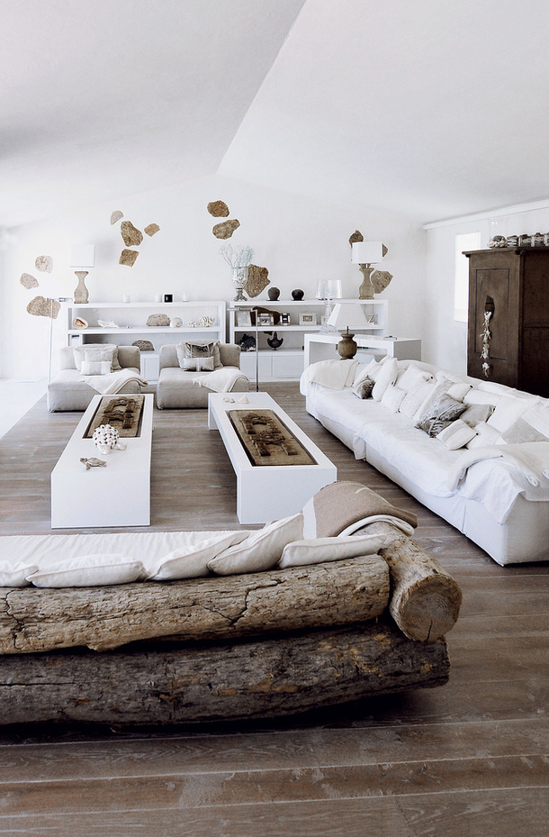 Decoraci n f cil decorar con troncos de madera - Mesas decorativas ...