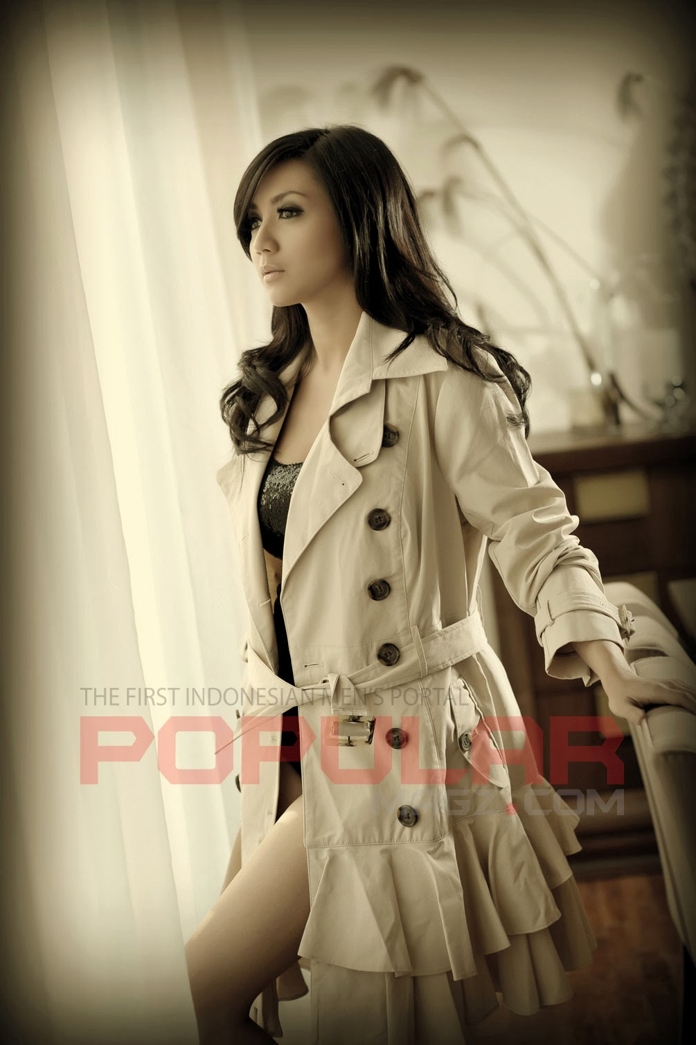 Galeri Foto Wiwid Gunawan di Majalah Popular