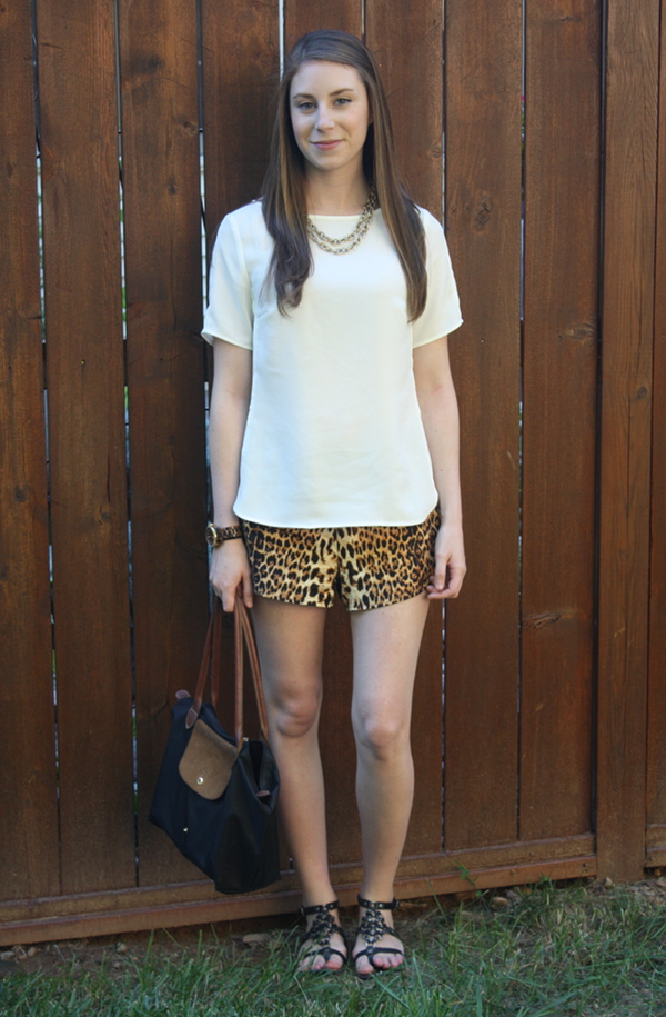 miami fashion blog, lawyer fashion style blog, ann taylor crepe top, forever 21 leopard print shorts, gladiator sandals