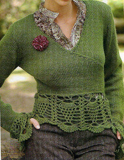 Suéter tipo cache coeur tejido con técnica combinada: jersey a dos