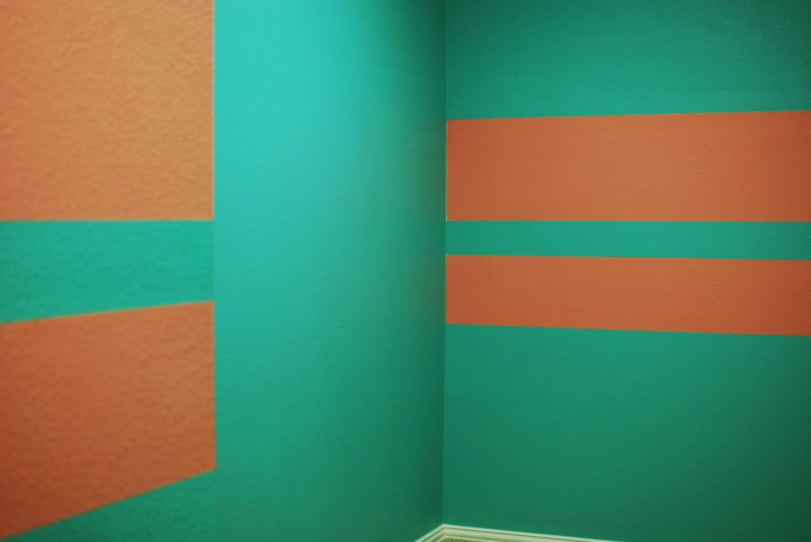 wall/closet color