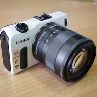 camara digital Canon EOS M