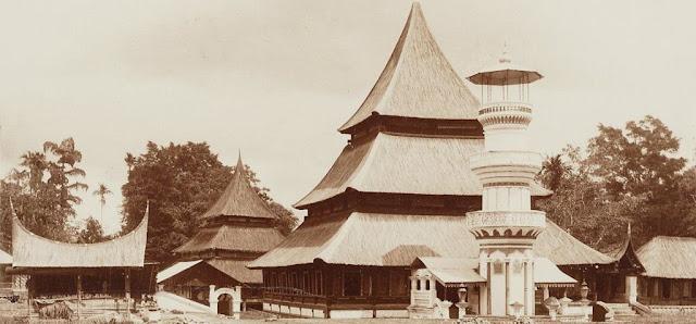 Kedudukan Daerah Rantau Di Mata Kata Pusaka Minangkabau