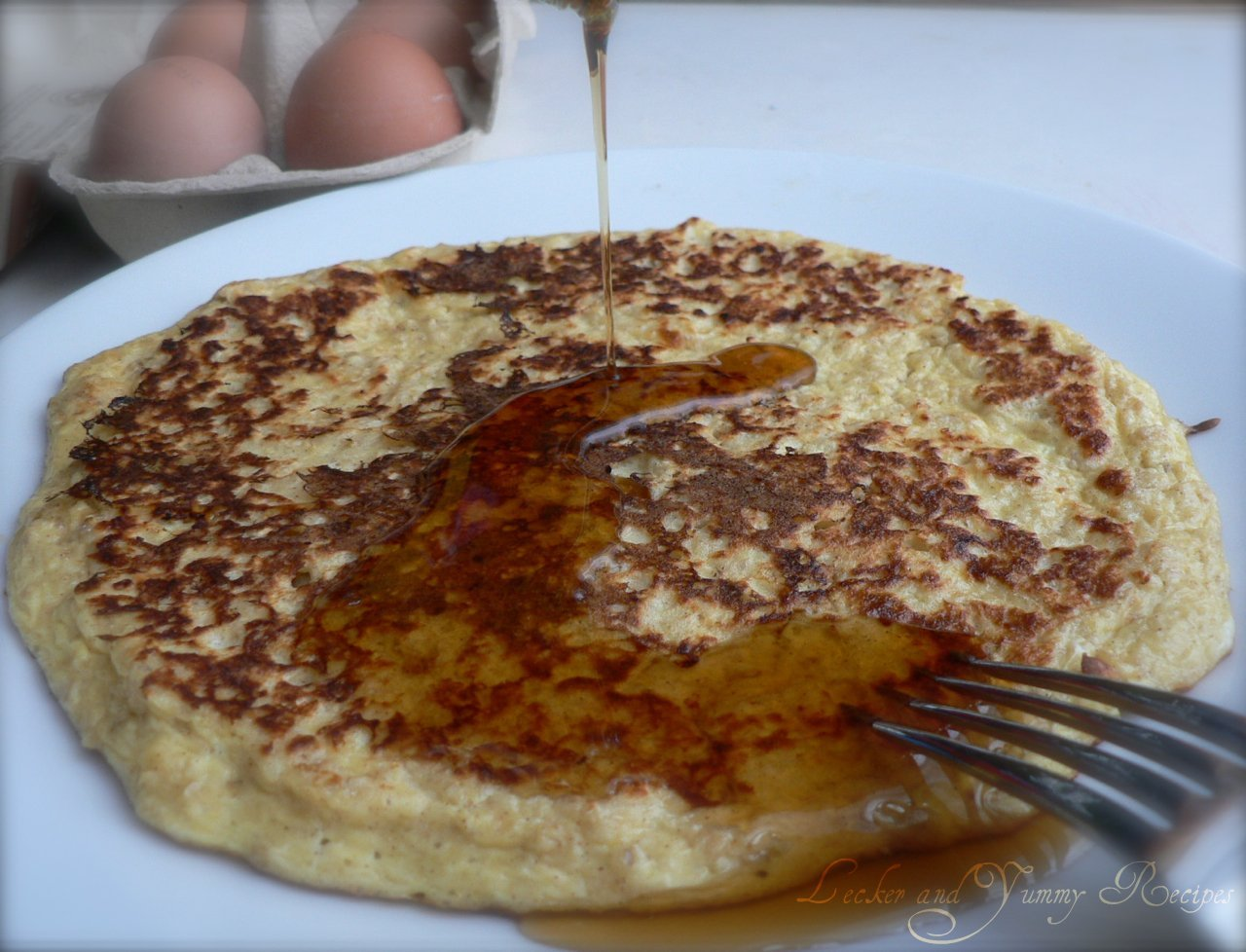 Lecker and yummy recipes egg pancake with oats and quark ccuart Images