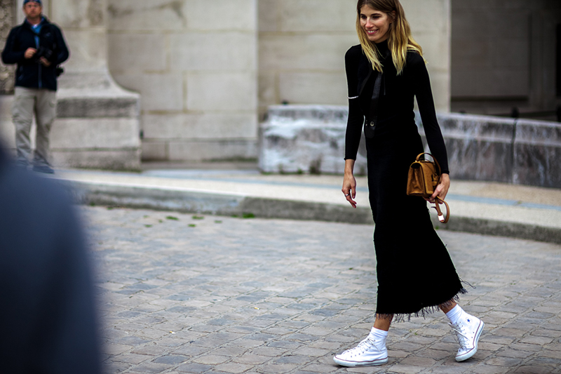 ShotByGio-George-Angelis-Veronika-Heilbrunner-Paris-Fashion-Week-Spring-Summer-2016-Street-Style-white-converse