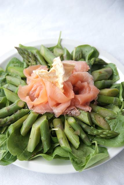 4. l'insalata con salmone e mele di Gaia