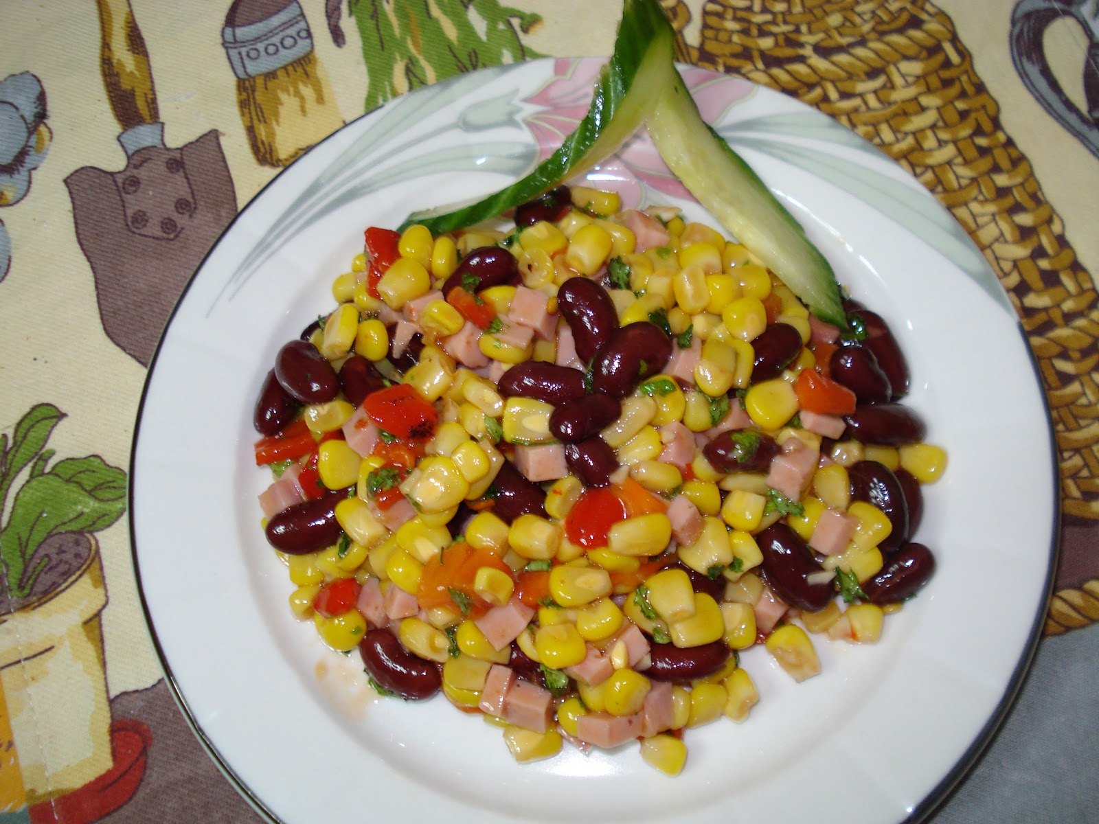 Салат из фасоли и риса 22 фотография