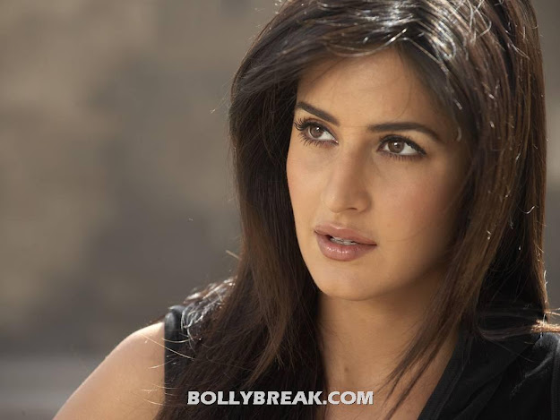 Katrina Kaif Cute Face Wallpaper
