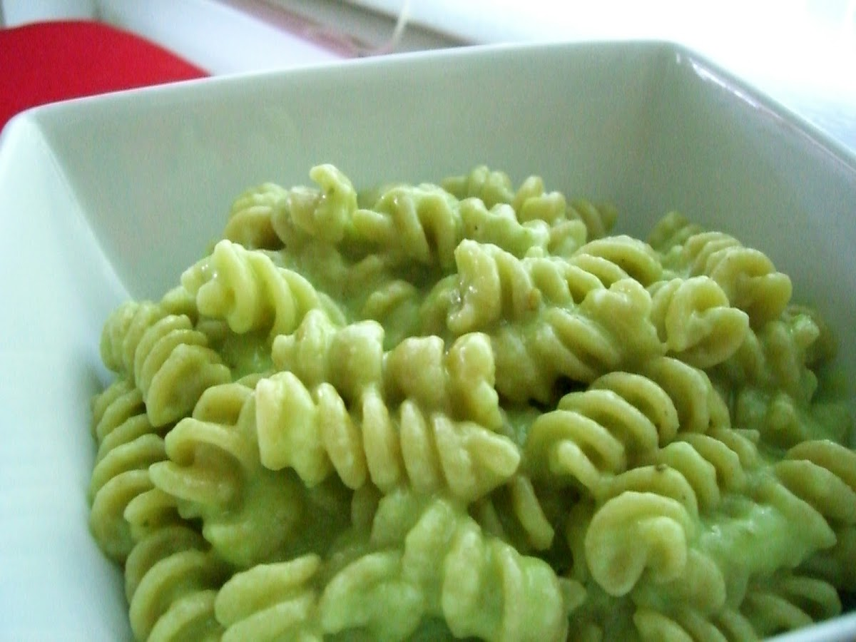 Unappealing Picture, But Delicious Outcome = Avocado Mac & Cheese