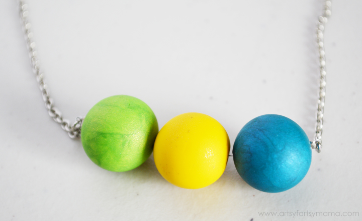 DIY Clay Bead Necklace at artsyfartsymama.com #jewelry #sculpeyprojects
