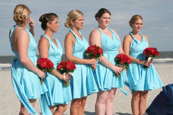 novios novias y mas: tener una boda en la playa? - elige vestidos de