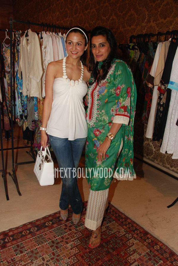 Amrita Arora Stills From Araish Exhibition
