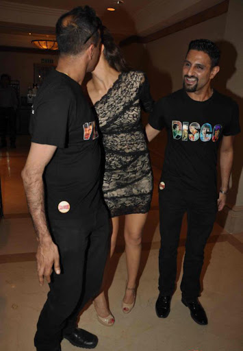 Deepika Padukone Launch Bollywood Jollygood T Shirt Line (5)