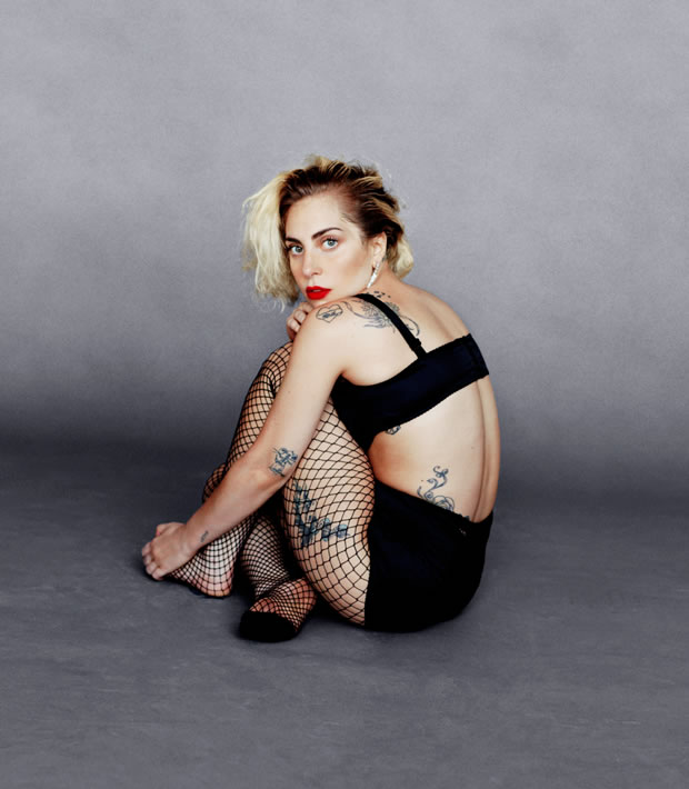 Fotos de Lady Gaga na revista Harper´s Bazaar