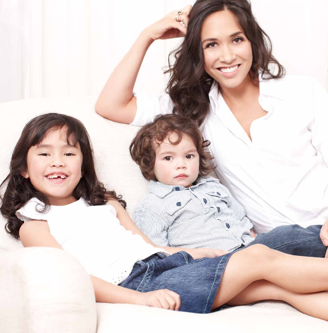 mamasVIB | V. I. BABYMAMAS: Why Myleene Klass is one talented mum - and how you can show you are too!V. I. BABYMAMAS: Why Myleene Klass is one talented mum - and how you can show you are too! | myeline Klass | little woods | mothercrae | fashion | style | talented mums | competition | twitter comp | mothers day | mamasVIB | comp | bonita Turner | myeline | singer | baby K | video comp | pregnant | maxi dress |sexy | red dress | coleen rooney | style