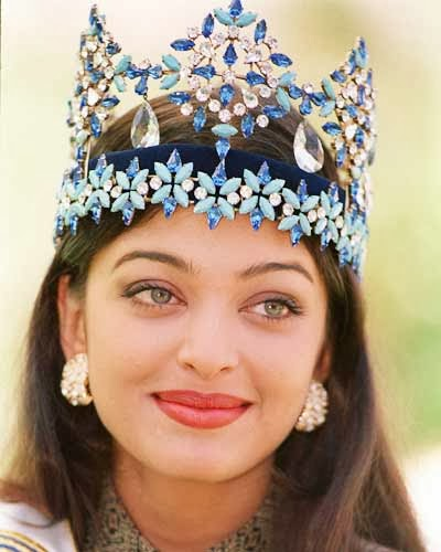 Aishwarya Rai Photo after crowning Miss. World