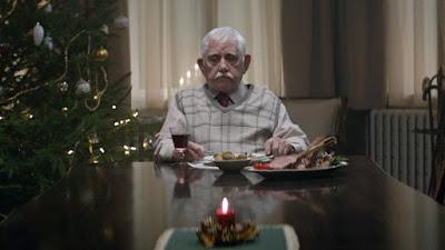 buongiornolink - Natale, il nonno che emoziona il Web VIDEO