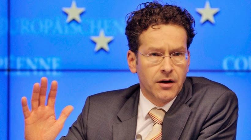"""Στο πλαίσιο της συνέντευξης στην ολλανδική τηλεόραση, ο πρόεδρος του Eurogroup αναφέρθηκε στην... επεισοδιακή συνάντηση με τον Γιάννη Βαρουφάκη και τις κοινές τους δηλώσεις στις 30 Ιανουαρίου, που κατέληξαν με τον Γερούν Ντάισελμπλουμ να λέει κάτι φανερά εκνευρισμένος στο αυτί του Έλληνα υπουργού και τον τελευταίο να αντιδρά με το επιφώνημα """"ουάου""""."""