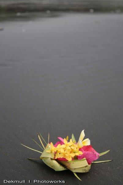 Bali, Persembahan Cinta