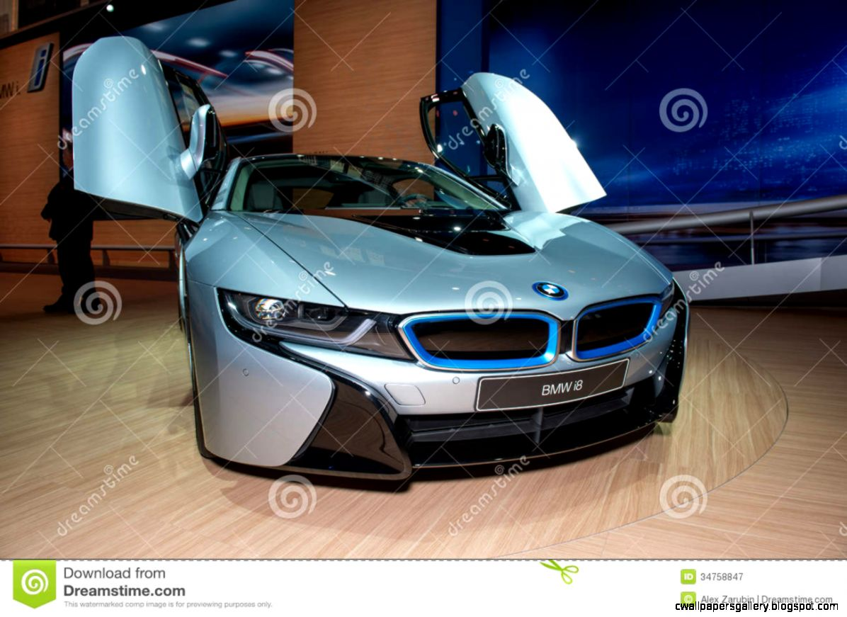 BMW I8 Plug in hybrid Sportscar   World Premiere Editorial