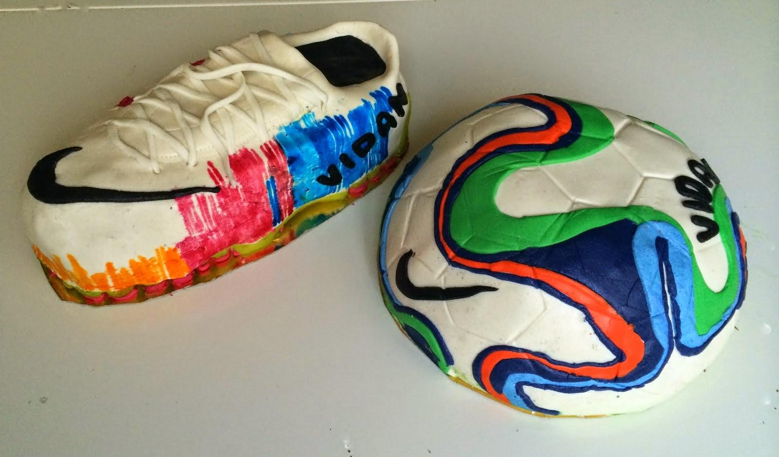VM-fotbollstårta och fotbollsskotårta