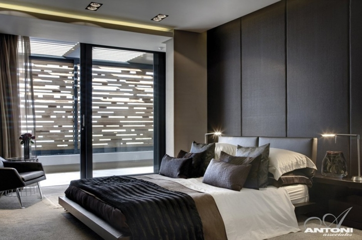Modern bedroom in Head Road 1843 by Antoni Associates