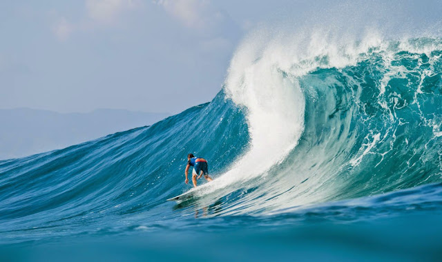 45 Billabong Pipe Masters 2014 Reef McIntosh Foto ASP