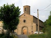 Arribant a l'església de Sant Joan de Vilada