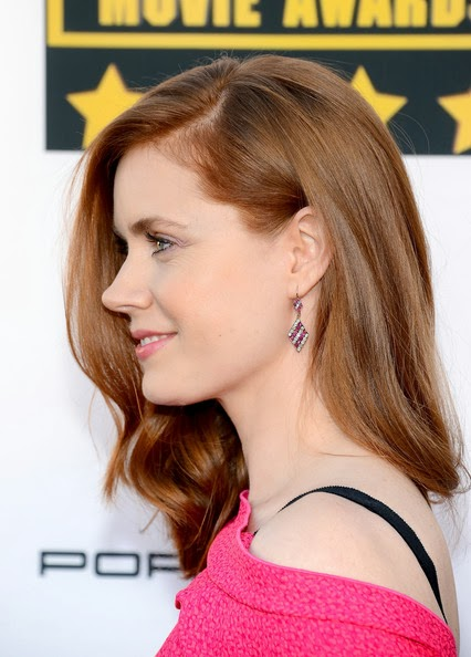 Amy Adams Medium Curls Hairstyle