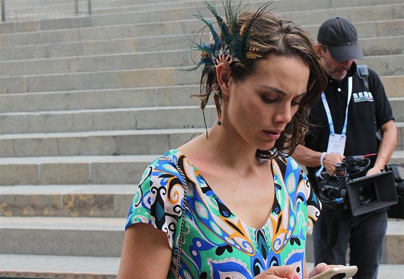 como-una-aparición-street-style-fashion-accesories-prints-moda-en-la-calle-street-looks-colombian-bloggers-moda