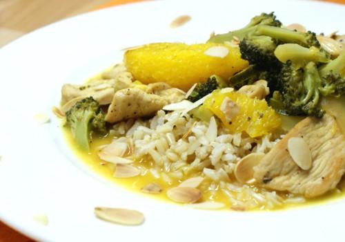 Potrawka z kurczaka z brązowym ryżem