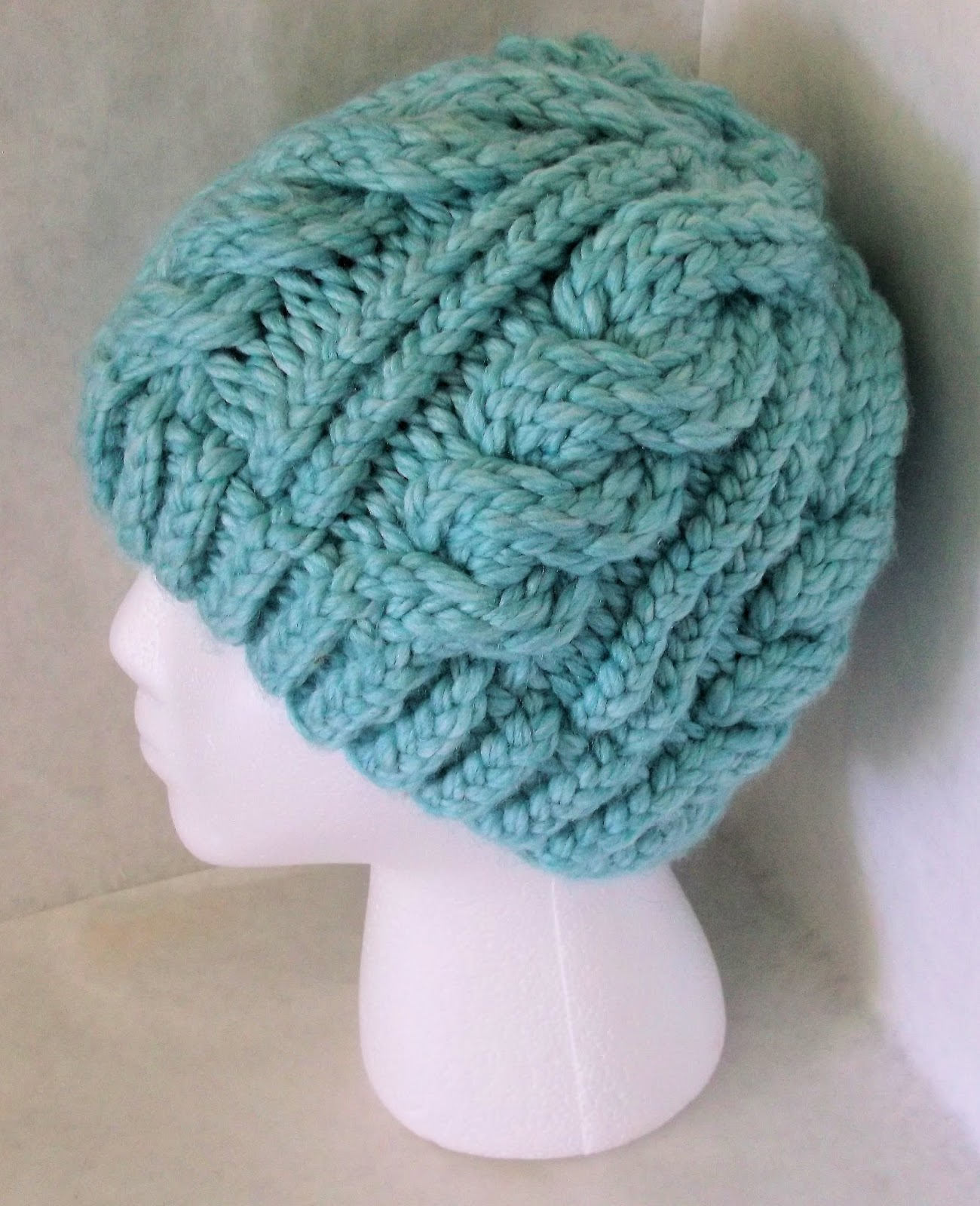 Knitting Loom Hat Stitches : The Loom Muse : Chunky Cable Hat