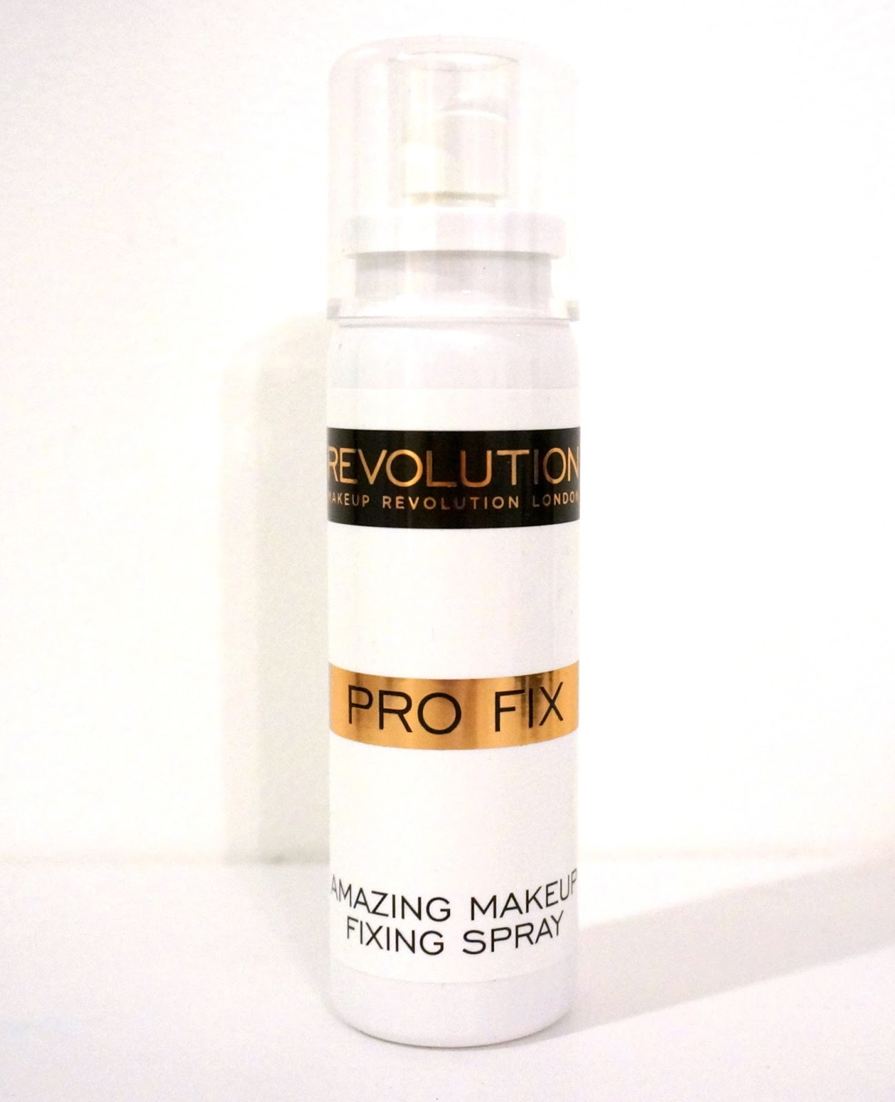 makeup revolution Pro Fix Makeup Fixing Spray cheap makeup setting spray
