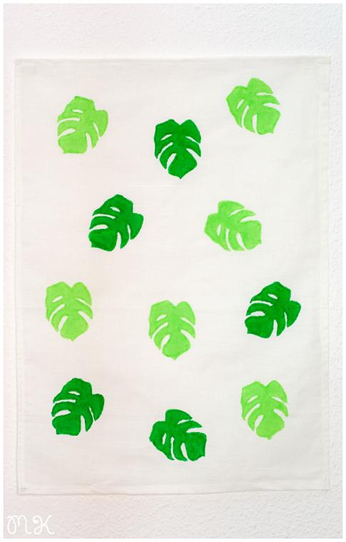 trapo de cocina pintado a mano con estampado de hojas de costilla de adan