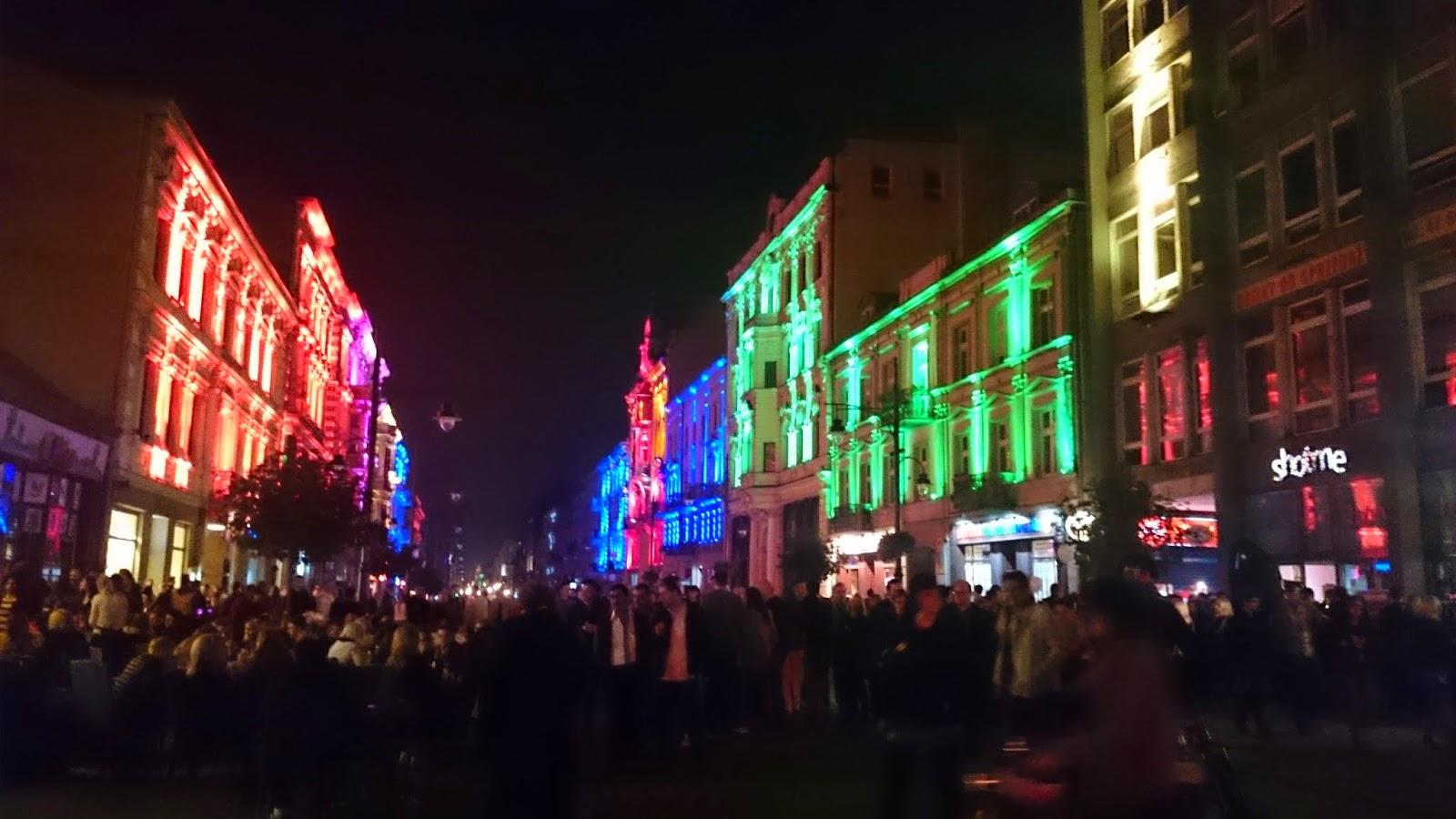 festiwal śwaiteł Łódź 2014,oświetlone budynki,design,ul.Piotrkowska w Łodzi