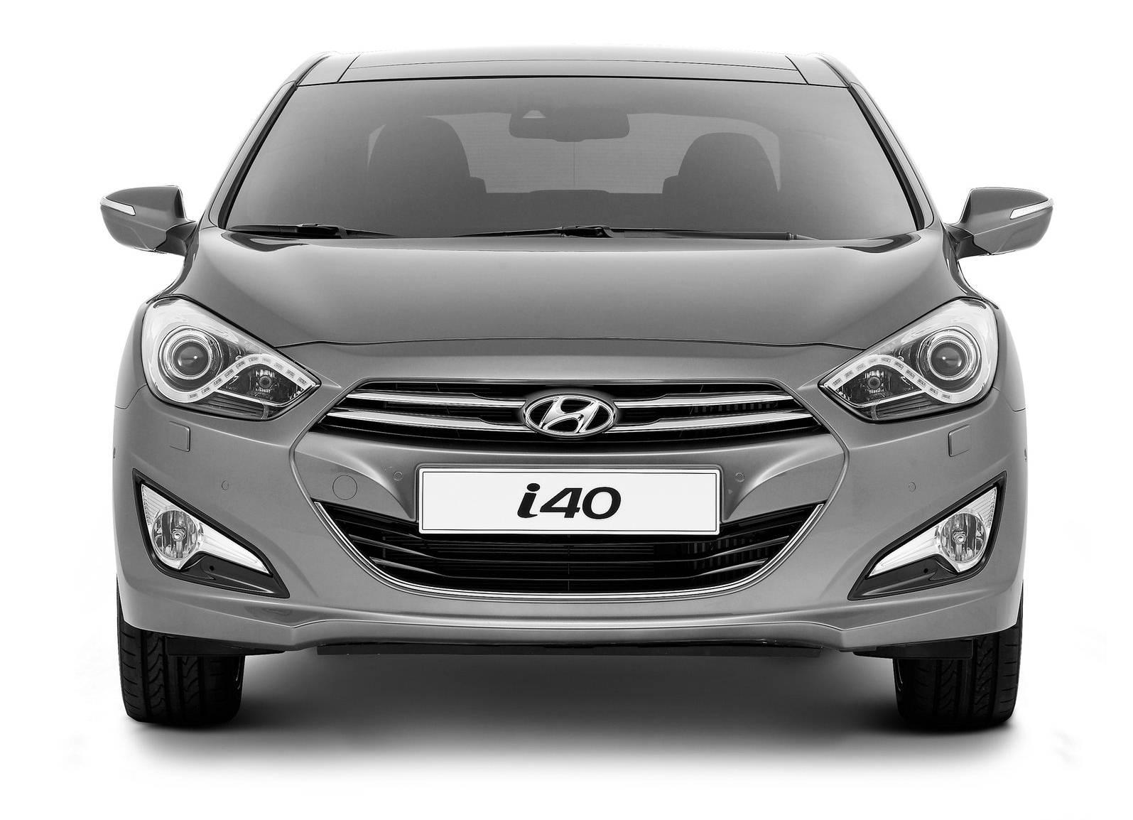 http://3.bp.blogspot.com/-w7iARfYRHkQ/TdNIIGFncbI/AAAAAAAADOg/RdGHJrOQZWo/s1600/Hyundai+i40+Car+1.jpg