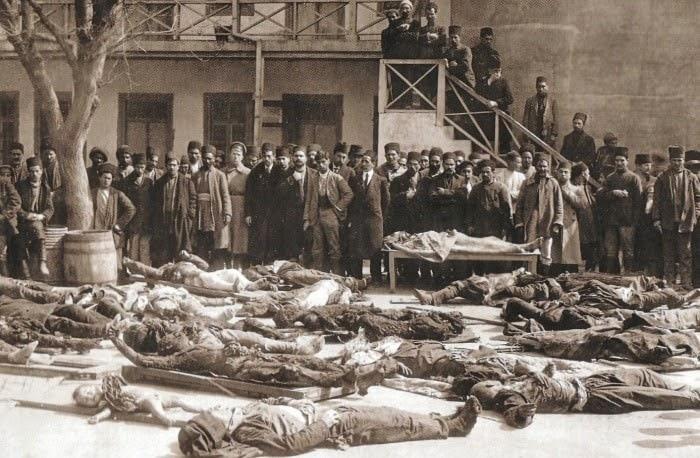 Мусульмане, убитые армянскими националистами в марте 1918 года (Баку)