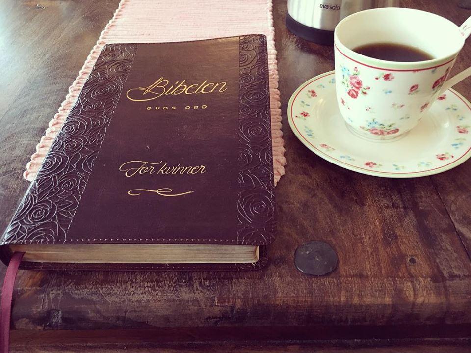 Bibelen og kaffe