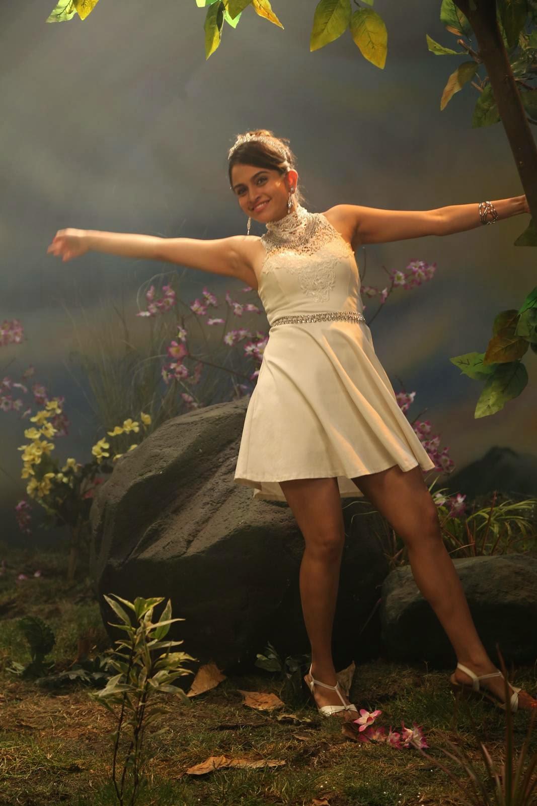 Actress Sheena Shahabadi Latest Cute Hot Spicy Photos Gallery From Gaddam Gang Telugu Movie