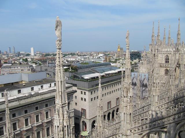 techo catedral milan, cima catedral, tejado de la catedral duomo