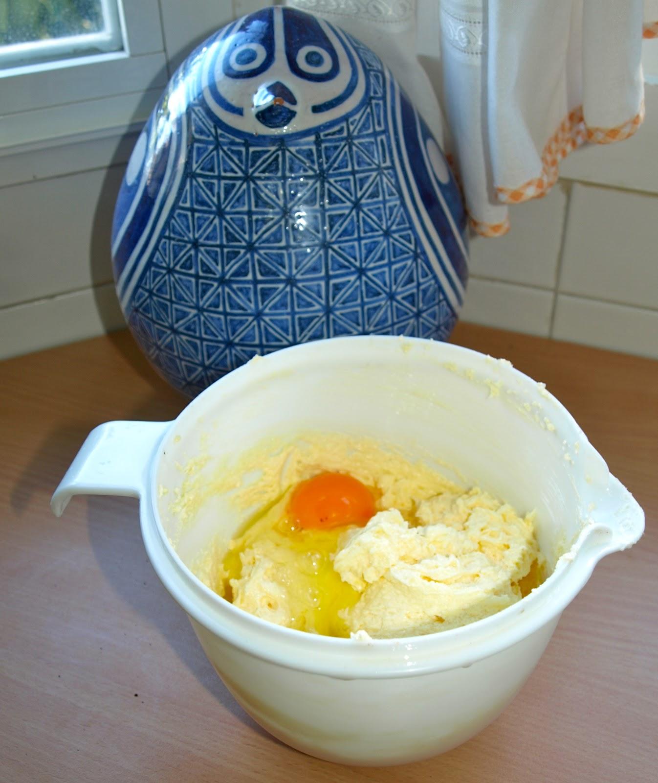 Cocinar es vivir y bordar tambi n cake de albaricoques for Cocinar a 90 grados