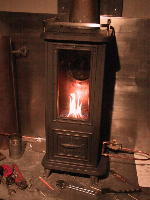 Tiny tiny tiny cast iron wood stoves from for your tiny - Small space wood stove model ...
