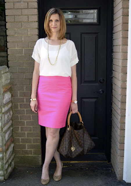 Working Girl Wednesdays - Pink & Navy