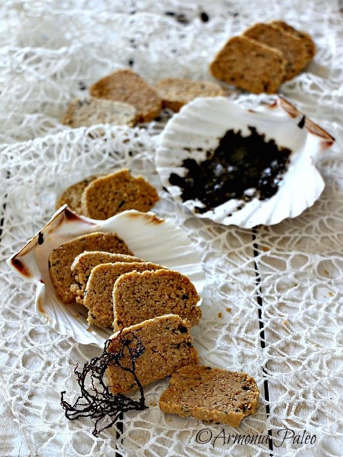 crackers con alghe nori e semi di sesamo