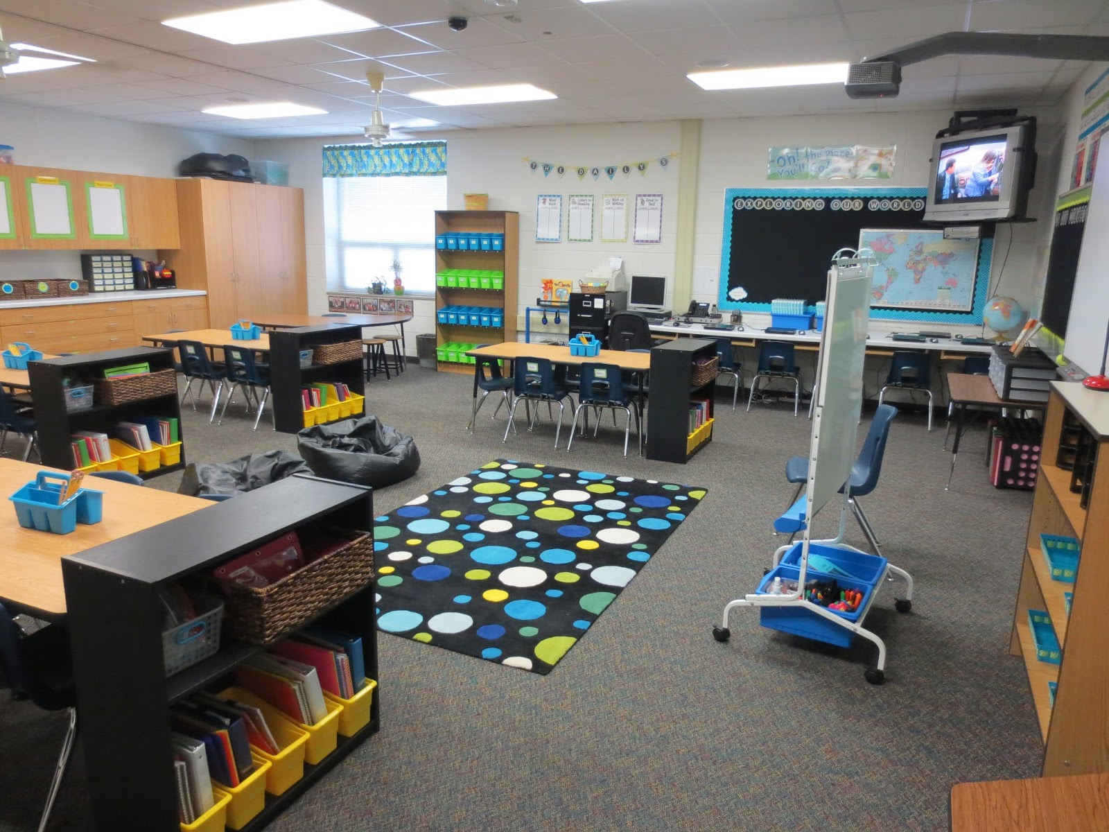Classroom Setup Ideas ~ Setting up for second classroom reveal