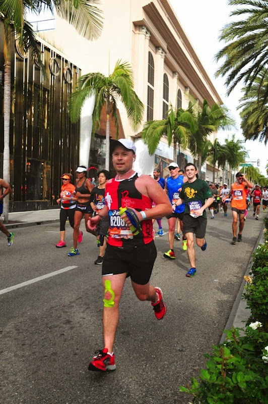 2015 LA Marathon runner Rodeo Drive