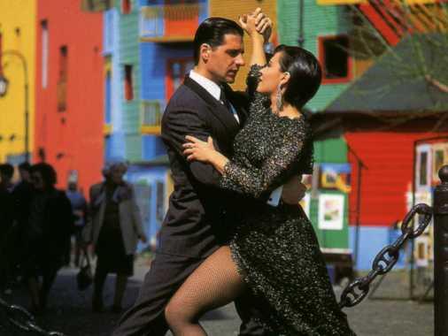 Dancing Tango in La Boca