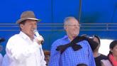 ¿Pedro Pablo Kuczynski también entregó regalos en Huancayo? (VIDEO) PPK habría repartido cajas de c