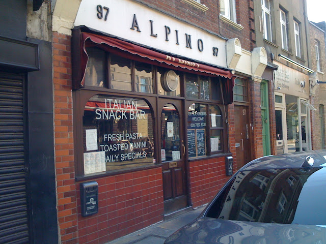 /Alpino+Chapel+Market+review+Islington+Italian+snack+bar