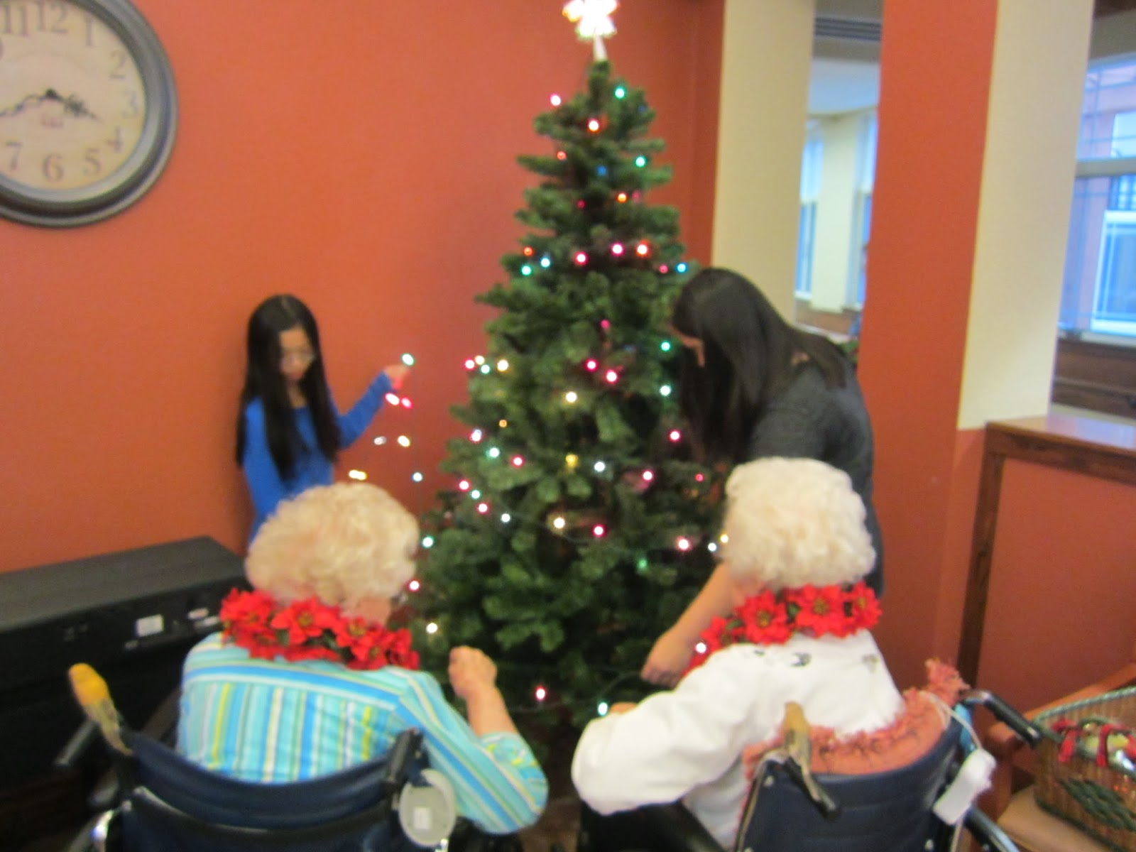 Harvest Moon by Hand Decorating a Nursing Home for  ~ 082410_Christmas Decoration Ideas For Nursing Home